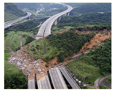 Taiwan-Landslide-slope_geostru.jpg